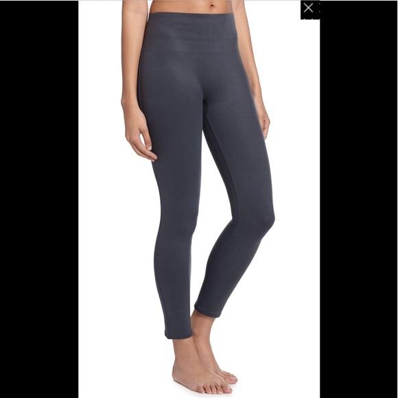 84277112e56667 SPANX Pants | Nwt M Cropped Essential Leggings In Steel | Poshmark